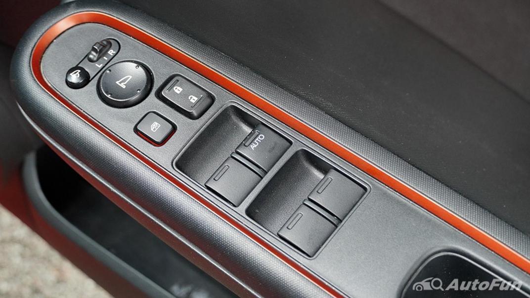 Honda Brio RS CVT Interior 020