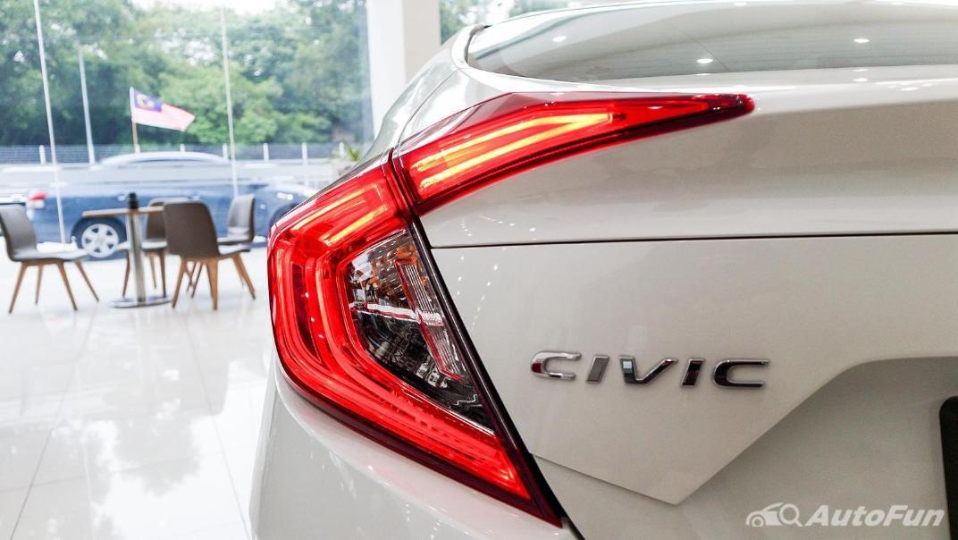 Honda Civic 2019 Exterior 015
