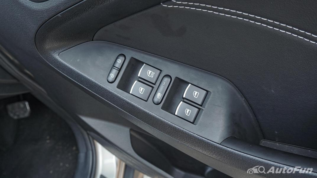 DFSK Glory i-Auto Intelligent Interior 101