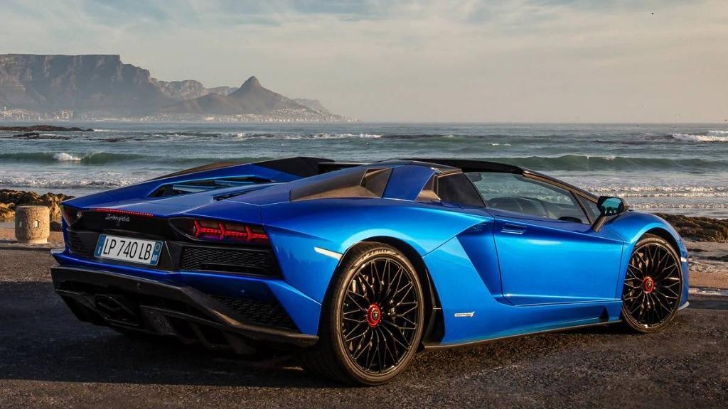 Lamborghini Aventador 2019 Exterior 024