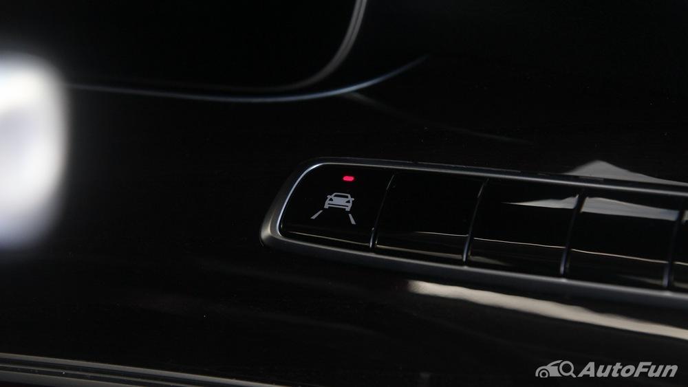 Mercedes-Benz E-Class 2019 Interior 015
