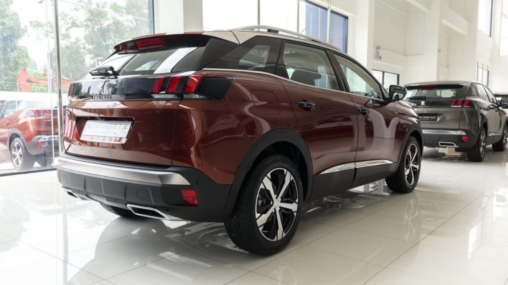 Peugeot 3008 2019 Exterior 004