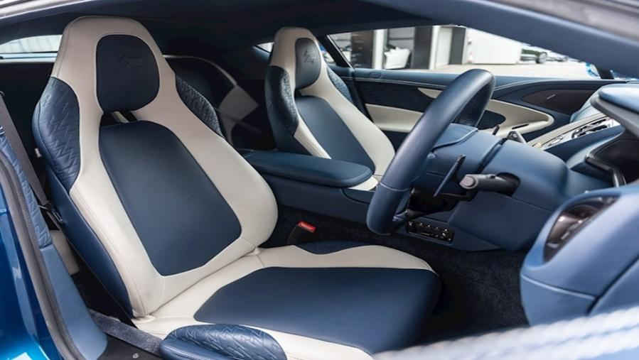 Aston Martin Vanquish 2019 Interior 002