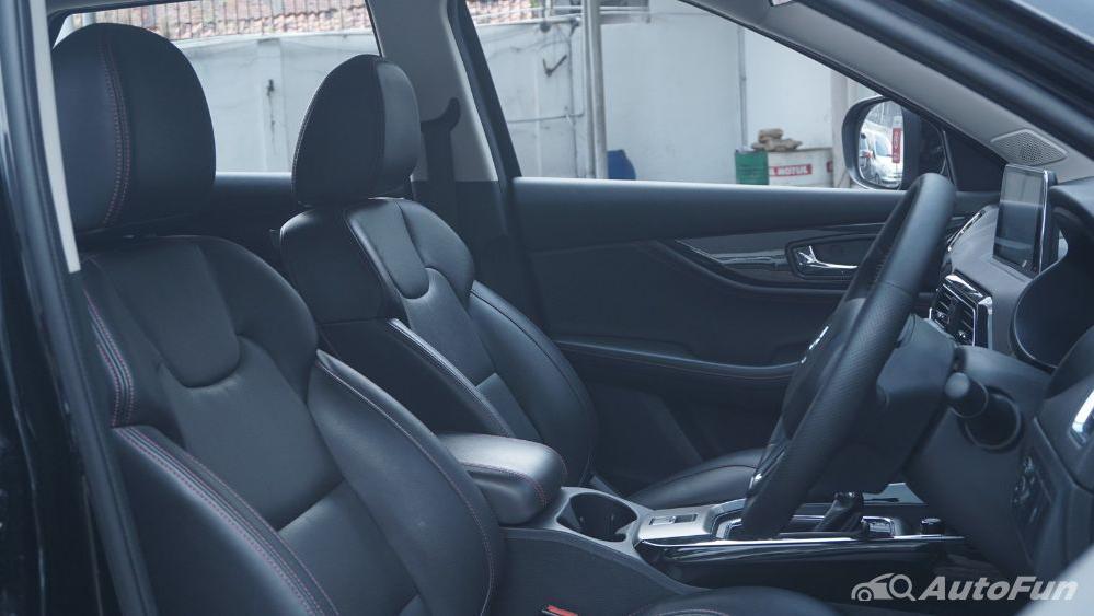 DFSK Glory 560 1.5L Turbo CVT L-Type Interior 027