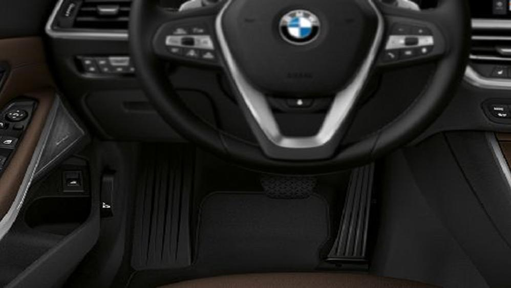 BMW 3 Series Sedan 2019 Interior 005