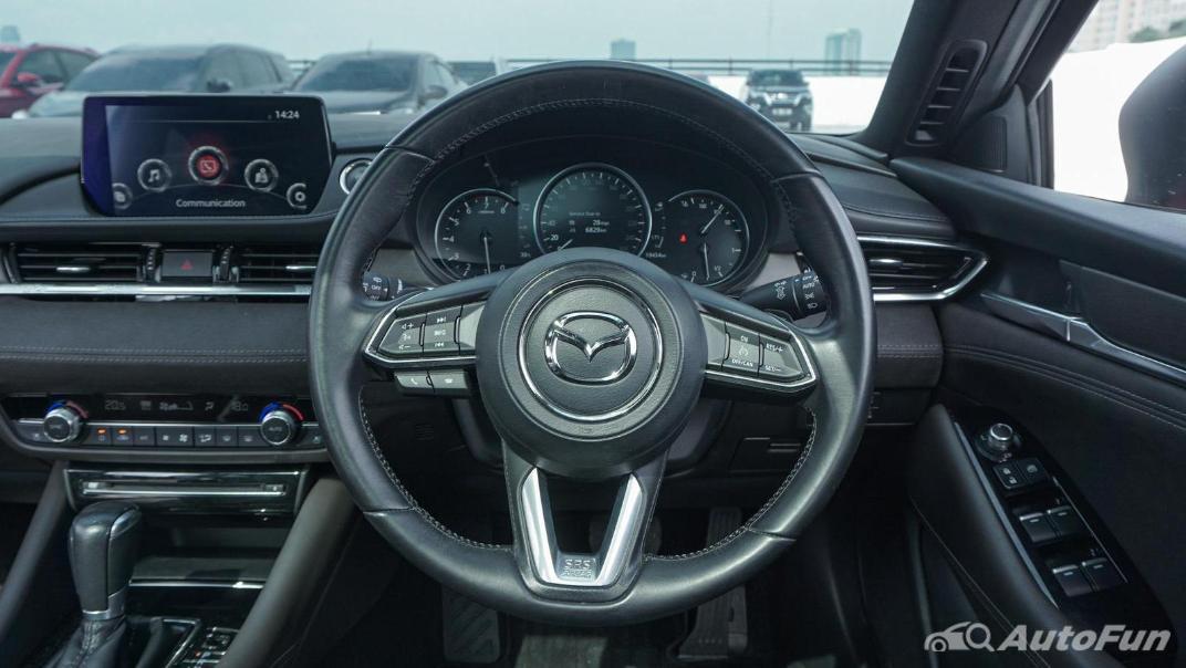 Mazda 6 Elite Estate Interior 006