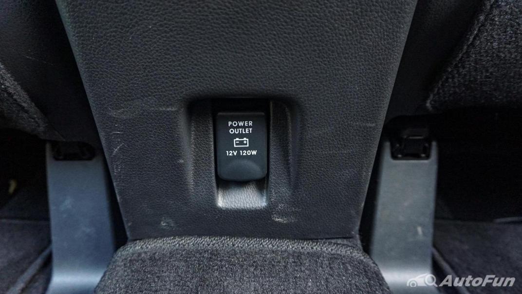 Mitsubishi Eclipse Cross 1.5L Interior 065