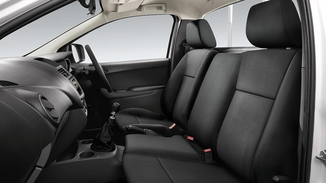 2021 Mazda BT-50 Upcoming Version Interior 008