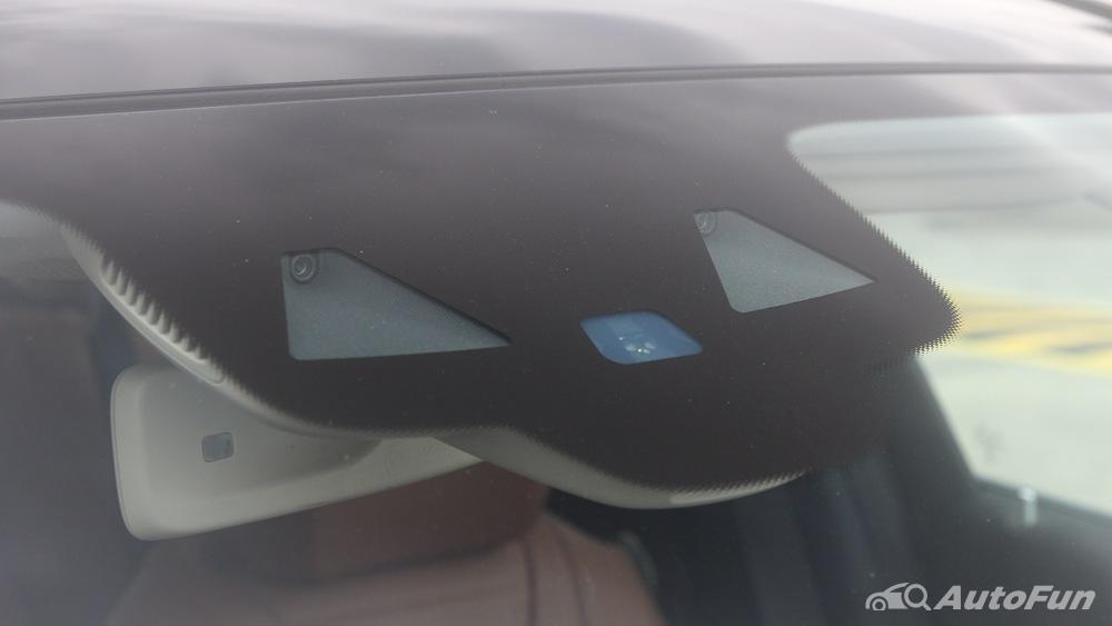 Mercedes-Benz E-Class 2019 Exterior 050