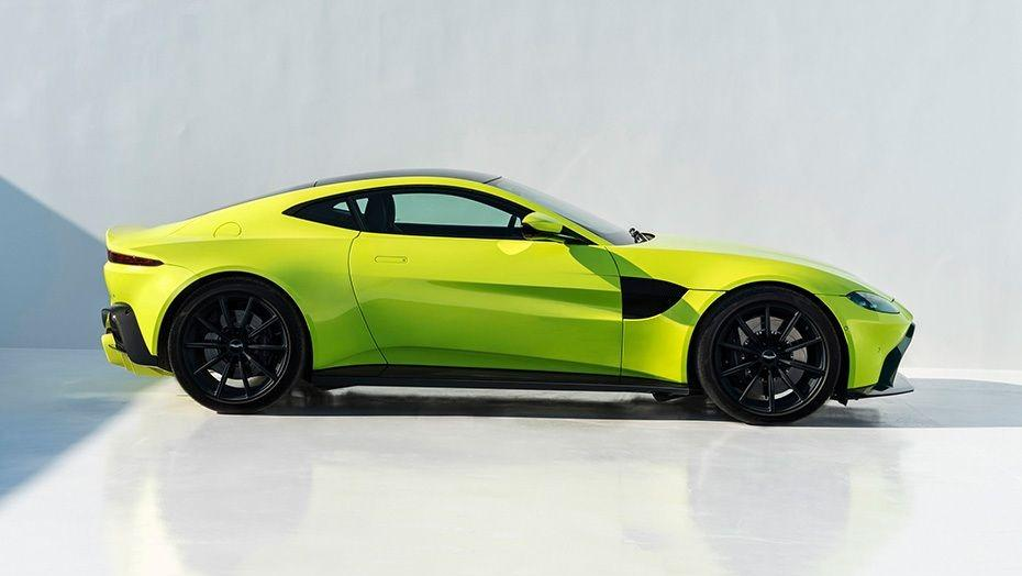 Aston Martin Vantage 2019 Exterior 003