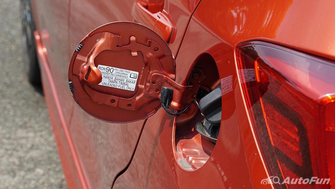 Honda Brio RS CVT Exterior 044