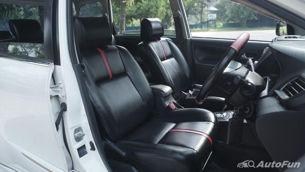 Toyota Avanza Veloz 1.3 MT Interior 028