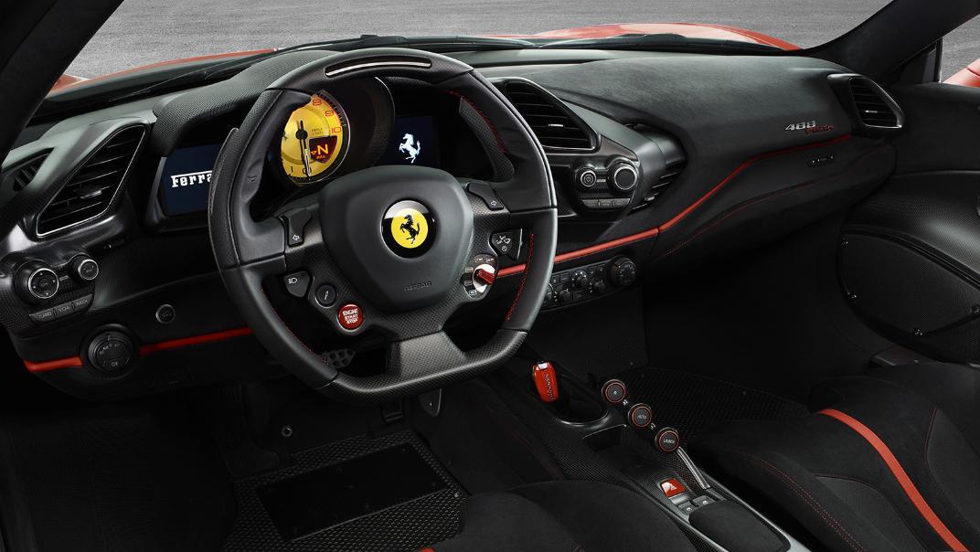 Ferrari 488 Pista 2019 Interior 002