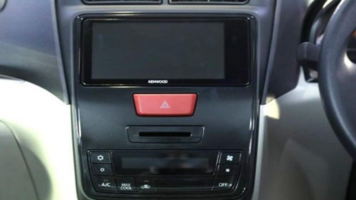 Daihatsu Grand Xenia 2019 Interior 003