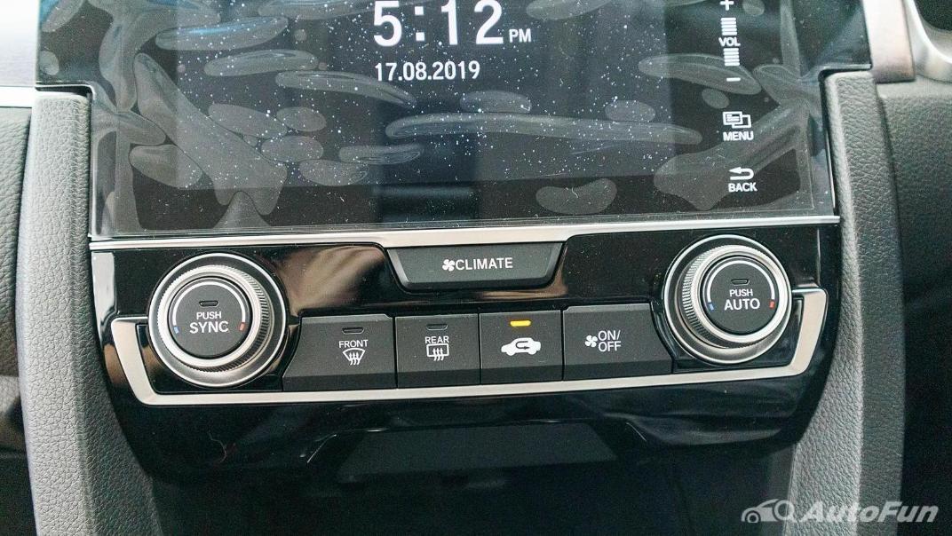 Honda Civic 2019 Interior 031
