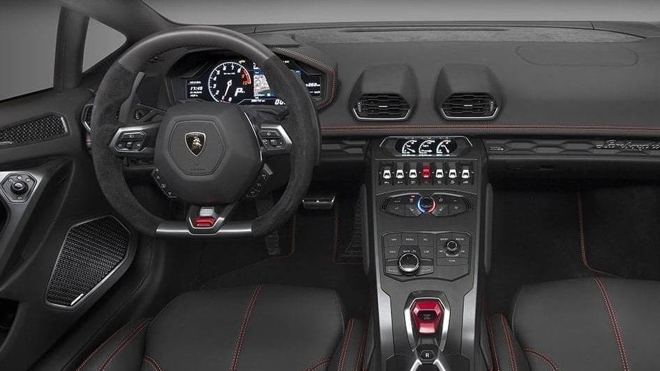 Lamborghini Huracan 2019 Interior 023