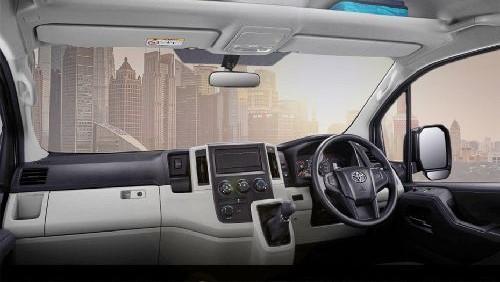 Toyota Hiace 2019 Interior 001
