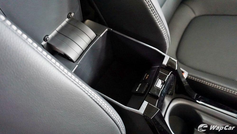 Toyota Corolla Altis 2019 Interior 070