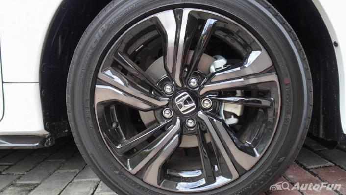 Honda Civic Hatchback RS Exterior 008