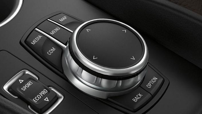 BMW I3s 2019 Interior 005