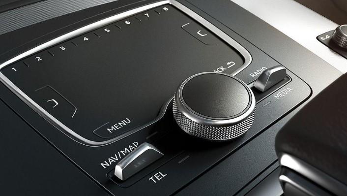Audi Q5 2019 Interior 008