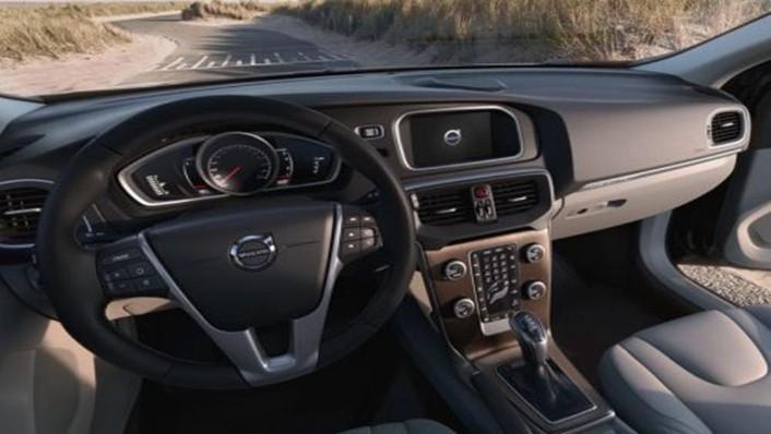 Volvo V40 Cross Country 2019 Interior 001