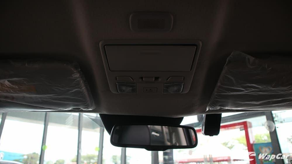 Mitsubishi Triton 2019 Interior 036