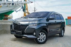 Mobil Keluarga Rp 200 Jutaan, Pilih Toyota Avanza 2021 atau Toyota Kijang Innova Diesel Bekas 2015?