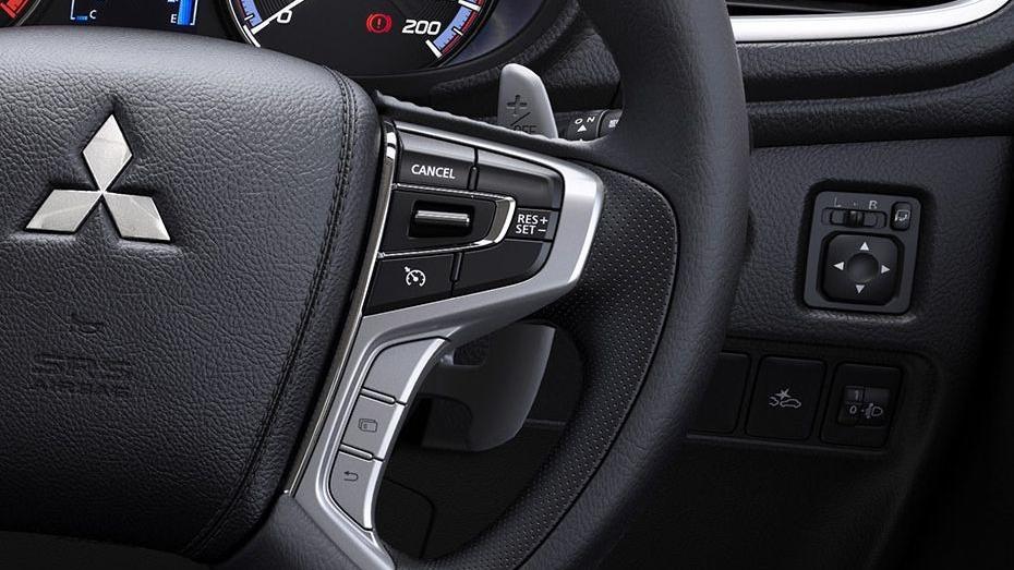 Mitsubishi Triton 2019 Interior 050