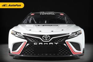 Toyota Camry 2022 Racikan TRD Untuk Nascar Sanggup Hasilkan Tenaga 670 Hp
