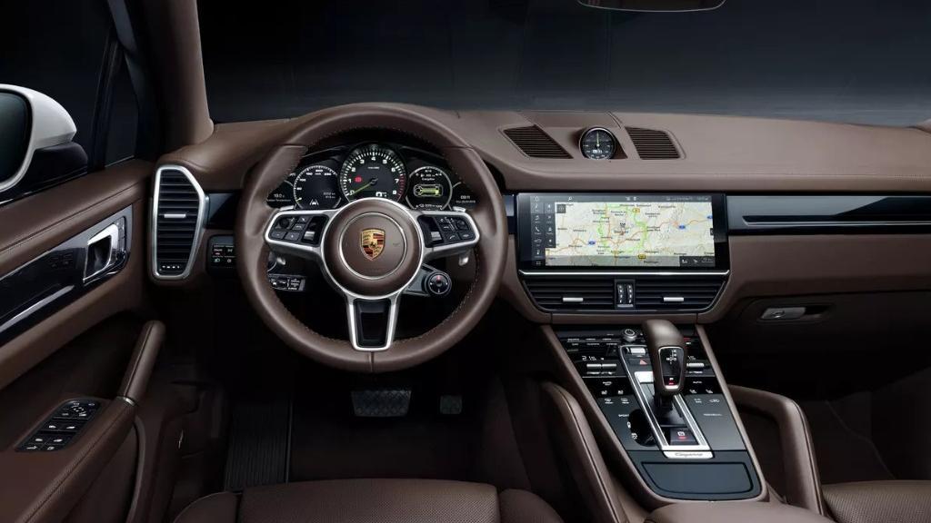 Porsche Cayenne 2019 Interior 002