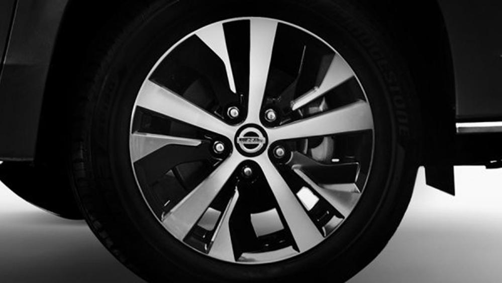 Nissan Livina 2019 Exterior 011