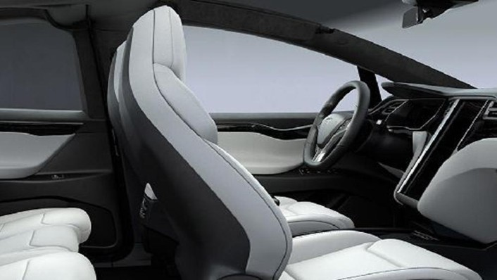 Tesla Model X 2019 Interior 008