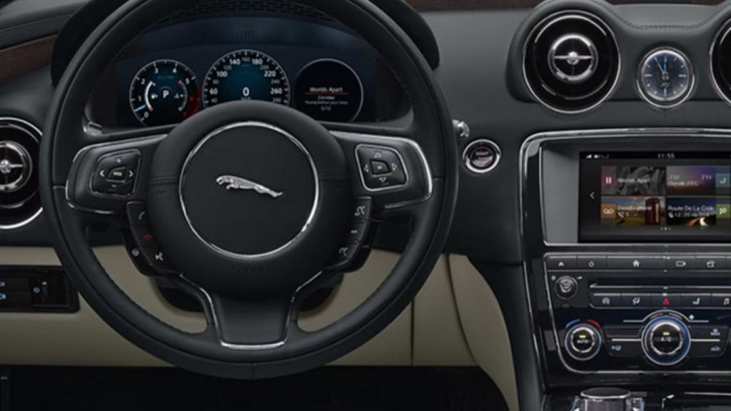 Jaguar XJ 2019 Interior 001
