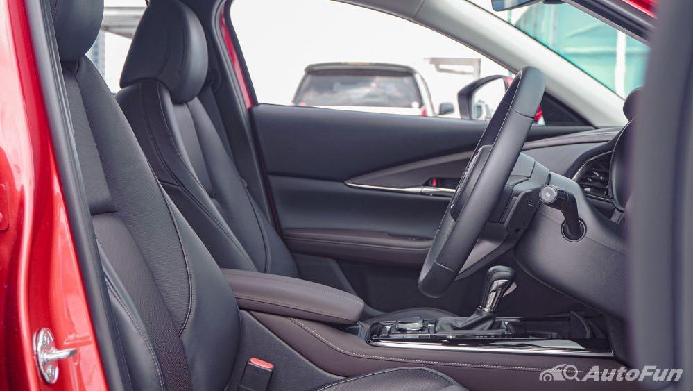 Mazda CX 30 GT Interior 005
