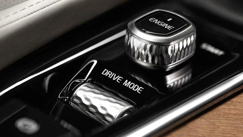 Volvo XC90 2019 Interior 009