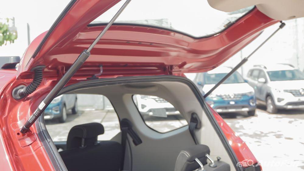 Renault Triber RXZ MT Exterior 045