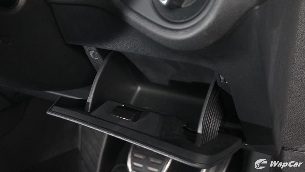 Volkswagen Golf 2019 Interior 016