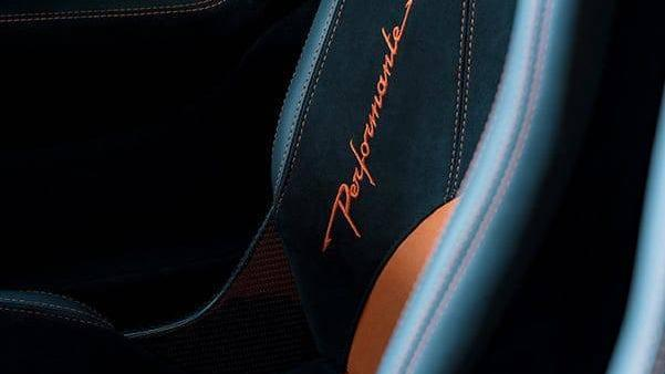 Lamborghini Huracan 2019 Interior 028