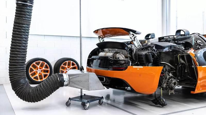 Biaya Servis Bugatti Chiron -1