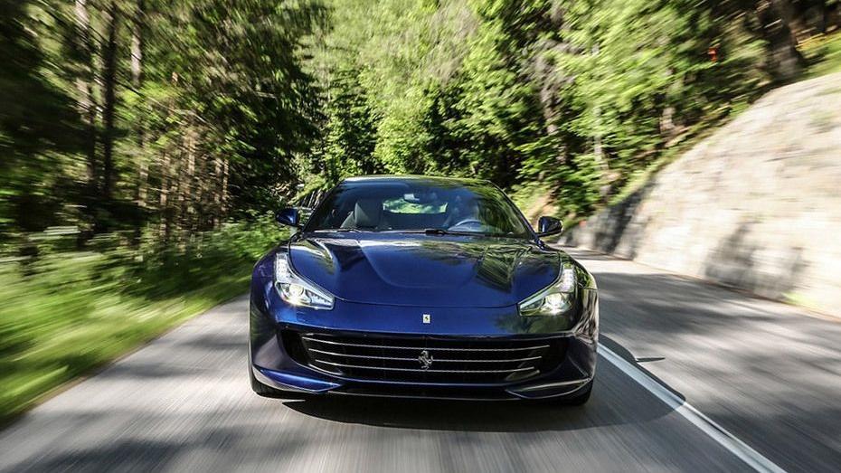 Ferrari GTC4Lusso 2019 Exterior 005