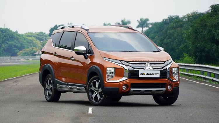 Meski Unggul di Juli 2021, Mitsubishi Xpander Cross Ternyata Belum Bisa Tumbangkan Toyota Rush 02