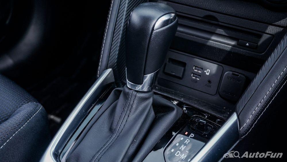 Mazda 2 GT AT Interior 019