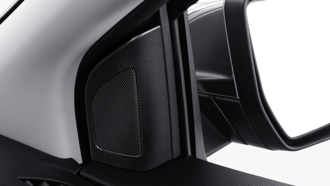 2021 Mazda BT-50 Upcoming Version Interior 013