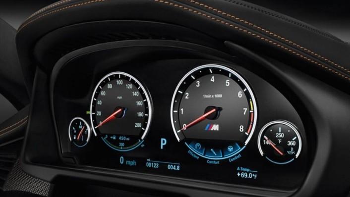 BMW X6 2019 Interior 003