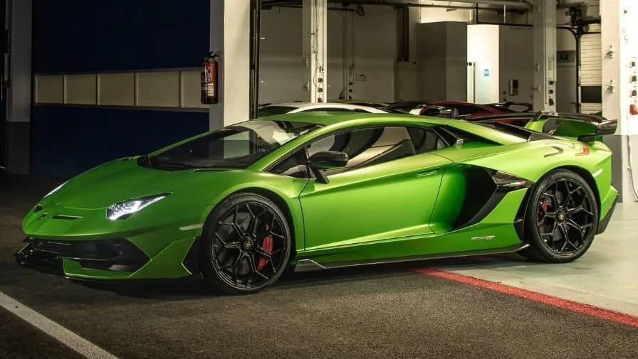 Lamborghini Aventador 2019 Exterior 009