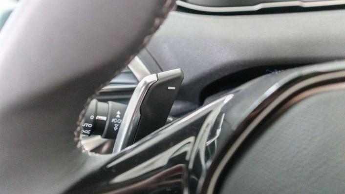 Peugeot 5008 2019 Interior 010