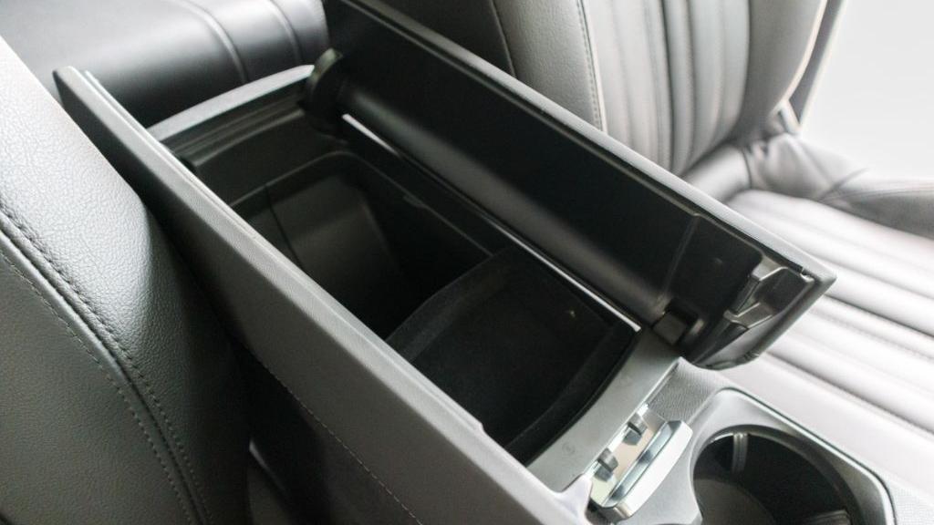 Peugeot 3008 2019 Interior 022