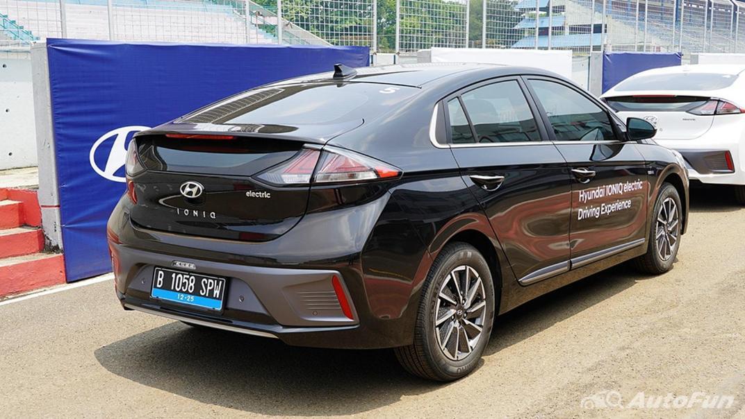2021 Hyundai Ioniq Electric Exterior 004