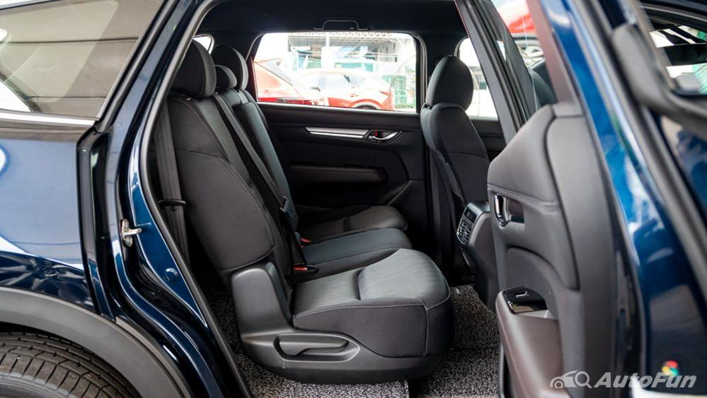 Mazda CX 8 2019 Interior 023